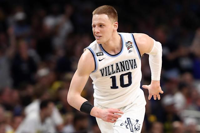 "Villanova guard <a class=""link rapid-noclick-resp"" href=""/ncaab/players/131427/"" data-ylk=""slk:Donte DiVincenzo"">Donte DiVincenzo</a> winks during the second half of the NCAA championship game. (Getty Images)"