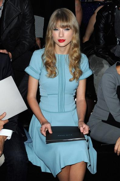 PARIS, FRANCE - OCTOBER 03:  Taylor Swift attends the Elie Saab Spring/Summer 2013 show as part of Paris Fashion Week at Espace Ephemere Tuileries on October 3, 2012 in Paris, France.  (Photo by Pascal Le Segretain/Getty Images)