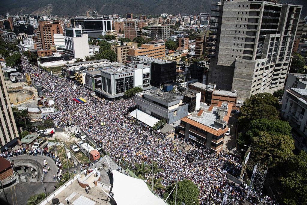 <p>Demonstrators gather in the streets during a pro-opposition protest in Caracas, Venezuela, on Saturday, Feb. 2, 2019. Thousands of opponents of Venezuela's socialist regime marched in Caracas as pressure builds at home and abroad for President Nicolas Maduro to step down. (Photo from Carlos Becerra/Bloomberg) </p>