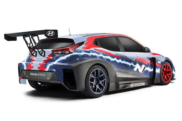 Hyundai unveils new E TCR-spec electric Veloster