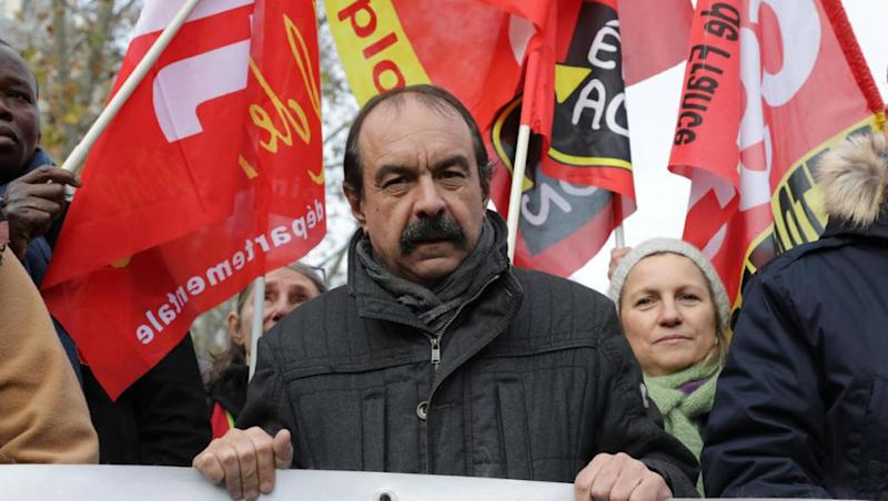 Hardline CGT union calls for united public, private sector strike wave