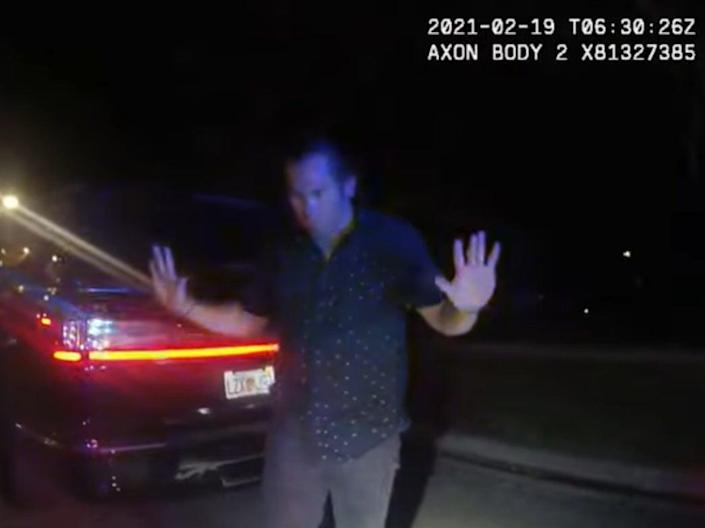 Ex-MLB star Johnny Damon at a traffic stop in Florida ( Town of Windermere FL)