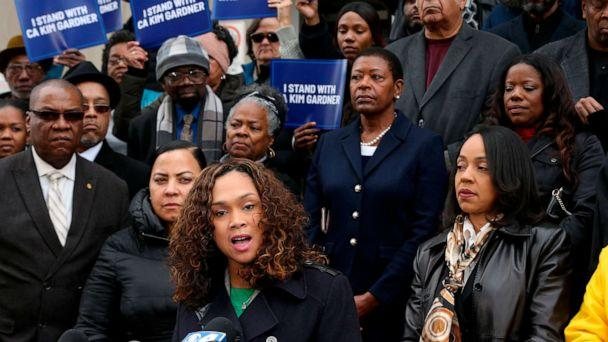 PHOTO: Baltimore State's Attorney Marilyn Mosby, center, speaks at a rally in St. Louis, Jan. 14, 2020, with several other African-American female prosecutors in support of Circuit Attorney Kimberly M. Gardner. (Christian Gooden/St. Louis Post-Dispatch via AP)