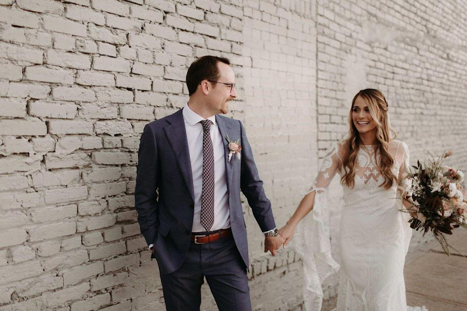 <p>Chelsey and Daniel were married at Brake and Clutch Warehouse in Dallas, Texas, bringing southern rustic glamour to their wedding. It was important that their photos felt natural, relaxed, and intimate, a perfect blend of who they are as a couple. </p>