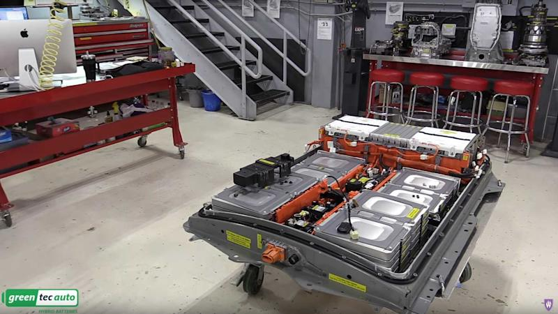 2011 Nissan LEAF Battery - Deep Dive (Source: WeberAuto)