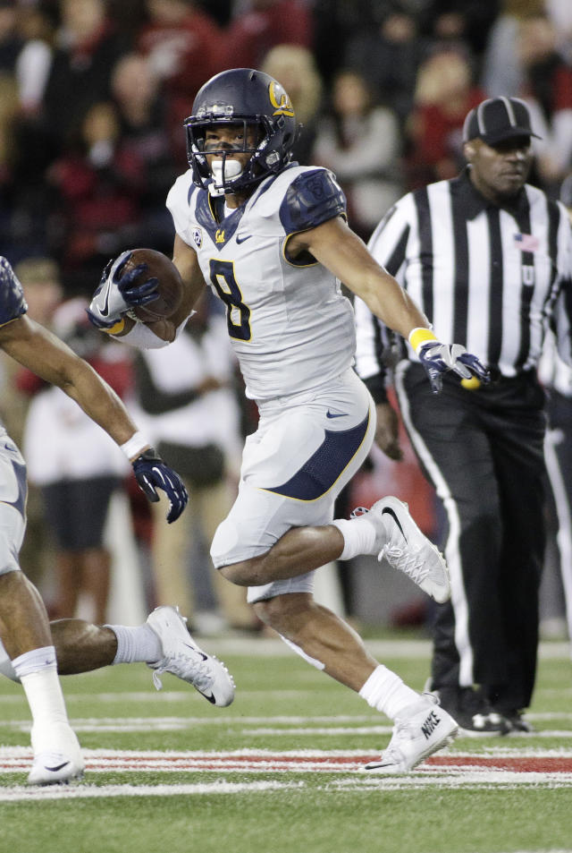 California wide receiver Demetris Robertson (8) runs with the ball during the second half of an NCAA college football game against Washington State in Pullman, Wash., Saturday, Nov. 12, 2016. (AP Photo/Young Kwak)