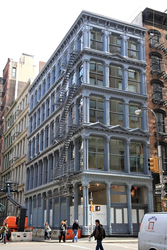 """<h1 class=""""title"""">Donald Judd's SoHo Loft Ripped Apart, Restored for $23 Million</h1><cite class=""""credit"""">Photo: James S. Russell/Bloomberg via Getty Images</cite>"""