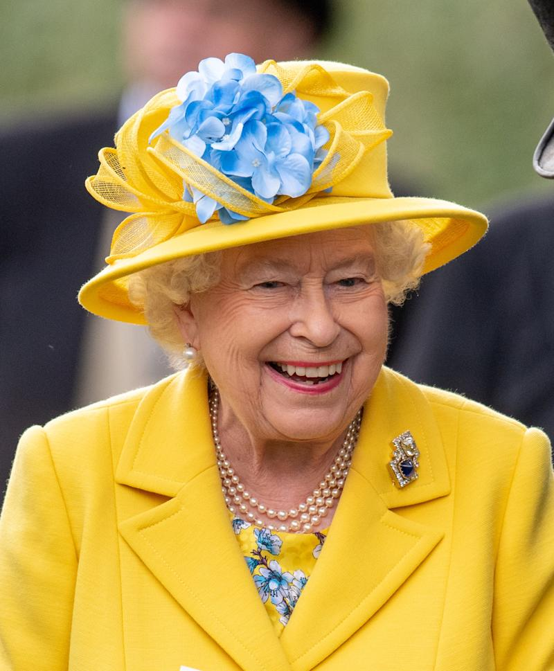 ASCOT, ENGLAND - JUNE 19: Queen Elizabeth II attends Royal Ascot Day 1 at Ascot Racecourse on June 19, 2018 in Ascot, United Kingdom. (Photo by Mark Cuthbert/UK Press via Getty Images)
