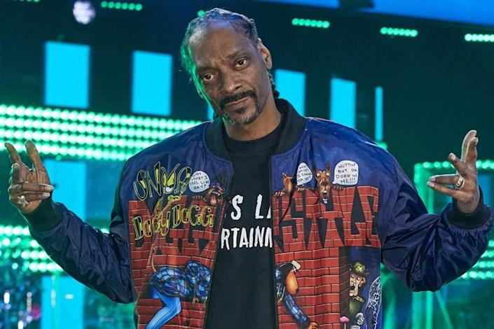 """The Voice -- NBC TV Series, THE VOICE -- """"Knockout Reality"""" -- Pictured: Snoop Dogg -- (Photo by: Trae Patton/NBC) Snoop Dogg in """"The Voice"""" on NBC."""