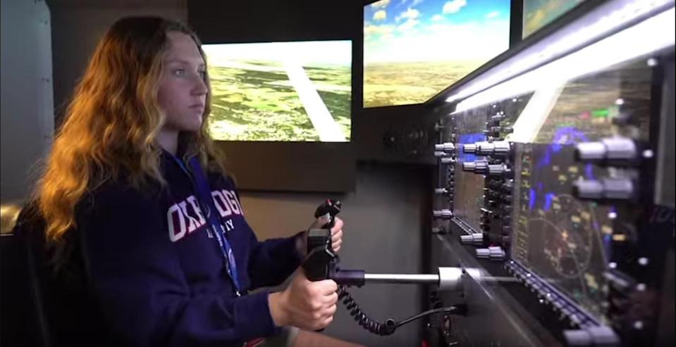 A flight simulator is included in the school as part of its aviation program. (Photo courtesy of Oxbridge Academy website)