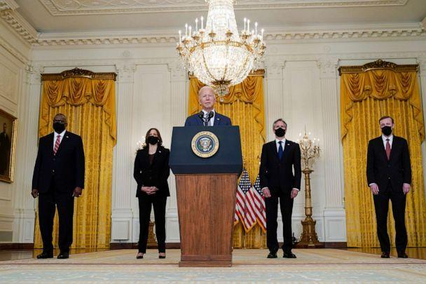 PHOTO: President Joe Biden speaks about the evacuation of American citizens, their families, SIV applicants and vulnerable Afghans in the East Room of the White House, Aug. 20, 2021, in Washington. (Manuel Balce Ceneta/AP)