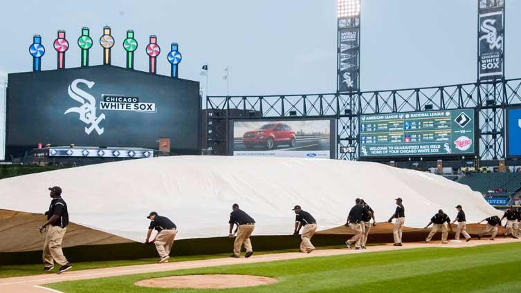 Rain postpones White Sox and Astros, forces Tuesday doubleheader