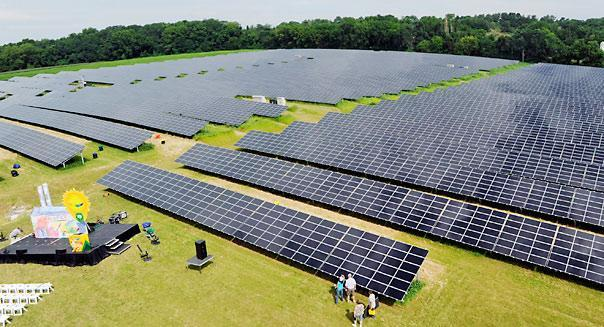 The solar industry has undergone a sea change lately, as governments around the world have cut back on heavy subsidies and forced companies to survive on their own to a much greater extent. (Bradley C. Bower/Bloomberg News)