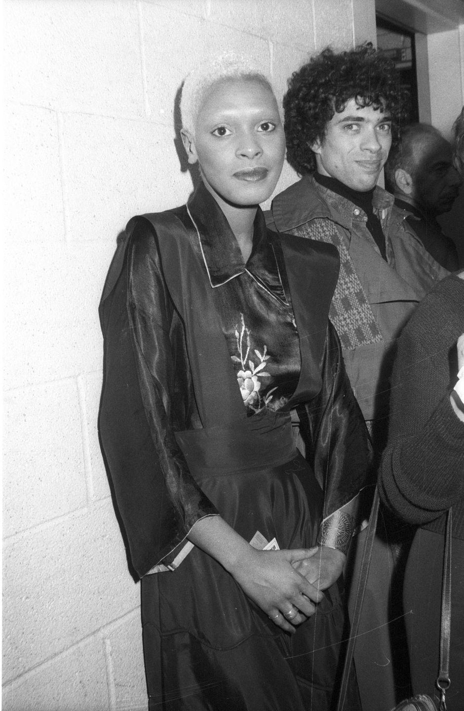 <p>Ava Cherry hangs out backstage at a Faces concert in New York in 1975. The singer was closely tied to David Bowie at the time. </p>