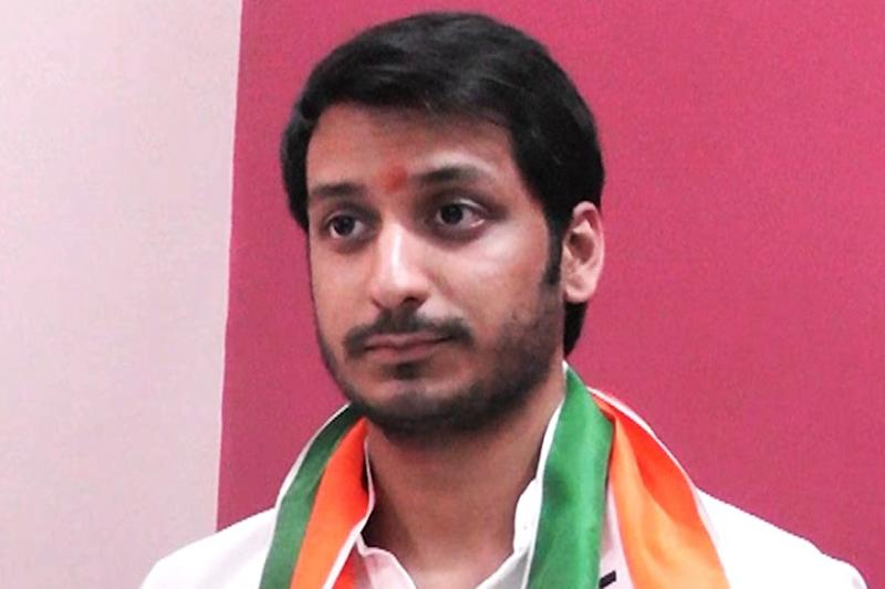 Unimpressed NCP Workers Taunt Sharad Pawar's Grand-nephew over His 'Inept' Maiden Speech