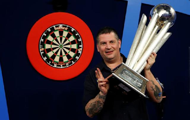 FILE PHOTO: William Hill World Darts Championship