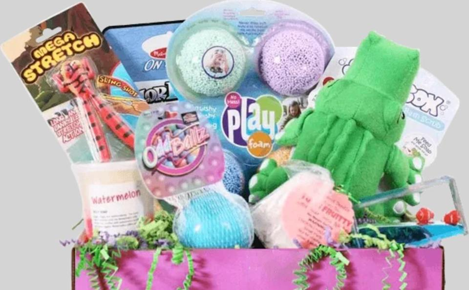 """The mom behind <a href=""""https://fave.co/3agZdn7"""" target=""""_blank"""" rel=""""noopener noreferrer"""">Sensory TheraPLAY Box</a> is an occupational therapist with experience working with children with autism and developmental delays. The boxes include products recommended both by therapists and parents as well as common toys that may serve some sensory purpose. As the site puts it, the subscription is all about """"therapeutic play."""" <a href=""""https://fave.co/3agZdn7"""" target=""""_blank"""" rel=""""noopener noreferrer"""">Monthly subscriptions begin at $40</a>."""