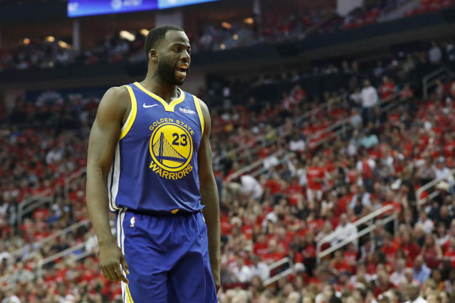 "<a class=""link rapid-noclick-resp"" href=""/nba/players/5069/"" data-ylk=""slk:Draymond Green"">Draymond Green</a> tried his hand at poker this week, and it didn't go well. (Photo by Tim Warner/Getty Images)"