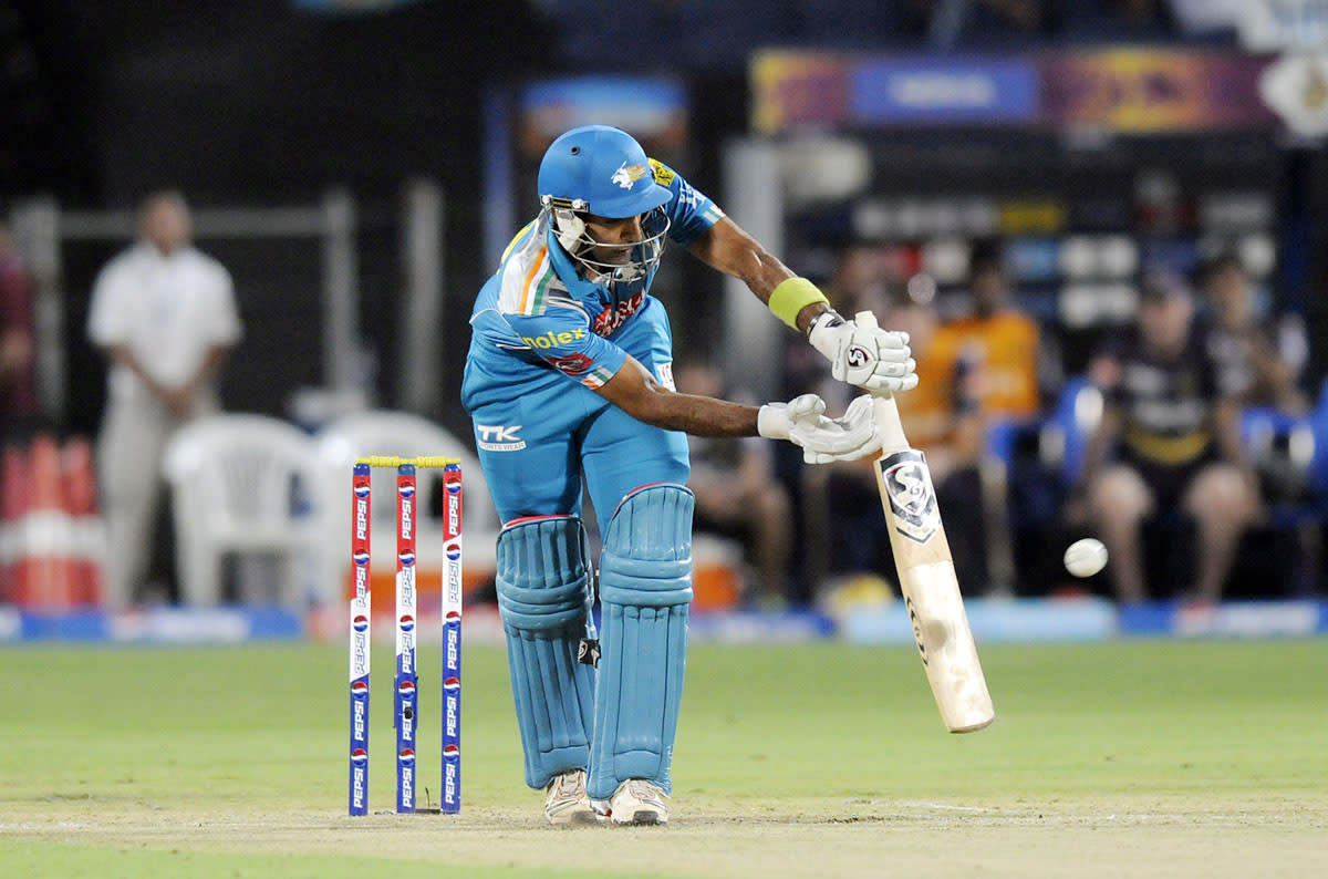 Robin Uthappa of Pune Warriors bats during match 56 of the Pepsi Indian Premier League ( IPL) 2013  between The Pune Warriors India and the Kolkata Knight Riders held at the Subrata Roy Sahara Stadium, Pune on the 9th May 2013. (BCCI)