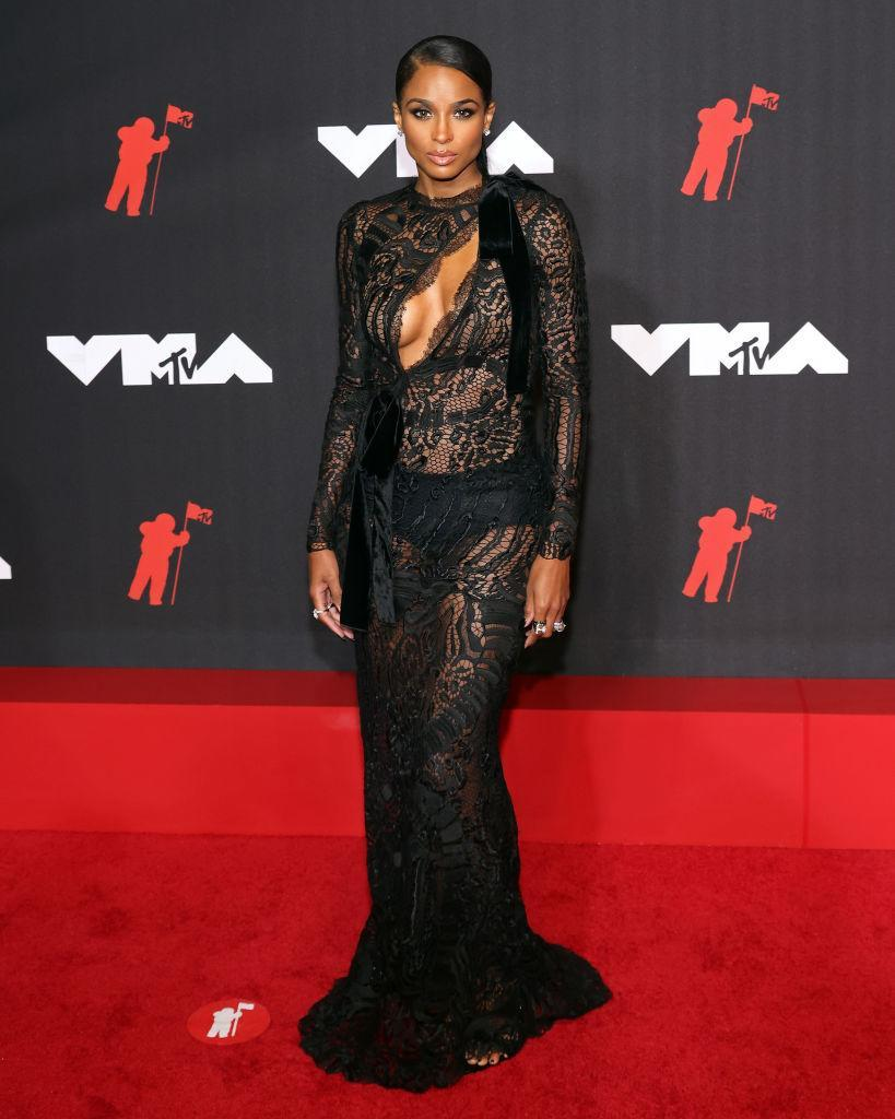 Ciara also got the sheer style memo. (Getty Images)