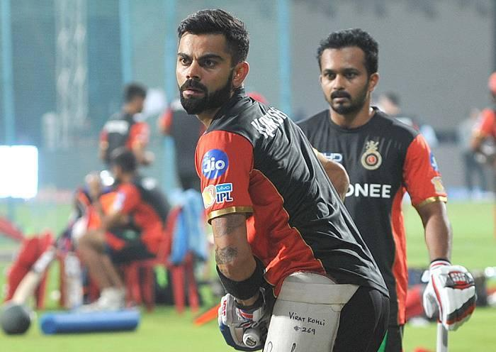 IPL 10: Virat Kohli hints at returning to action on April 14