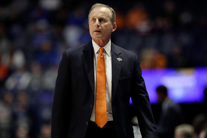 Tennessee announces Rick Barnes will be back next season