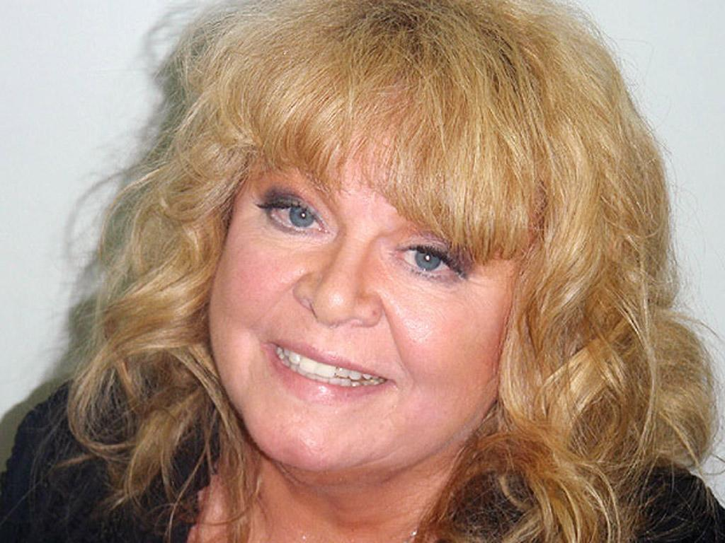 <b>Who:</b> Sally Struthers<br><b>What:</b> Arrested for OUI (Operating Under the Influence) <br><b>Where:</b> Ogunquit, Maine<br><b>When:</b> September 12, 2012<br>