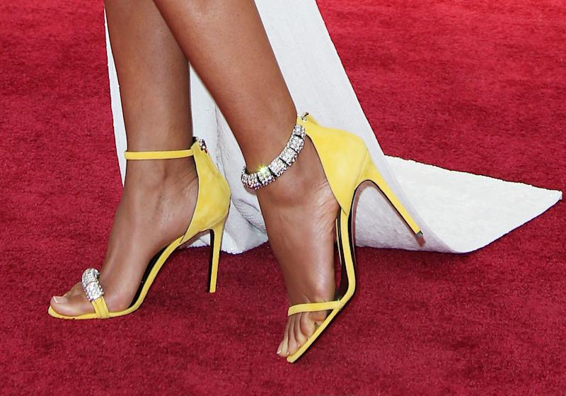 Why You Might Want to Try Mismatched Shoes