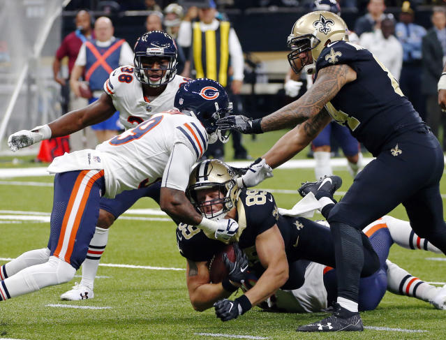 <p>New Orleans Saints tight end Josh Hill (89) is stopped by Chicago Bears free safety Eddie Jackson in the first half of an NFL football game in New Orleans, Sunday, Oct. 29, 2017. (AP Photo/Butch Dill) </p>