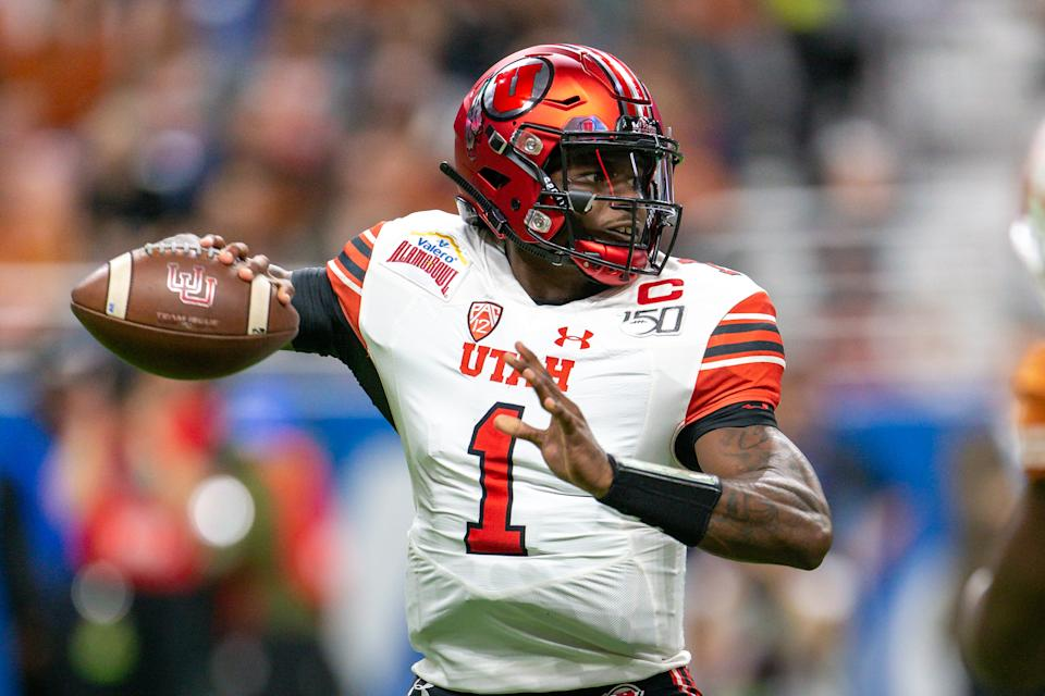 Utah QB Tyler Huntley is a good enough prospect to have warranted an NFL combine invite. (Photo by William Purnell/Icon Sportswire via Getty Images)