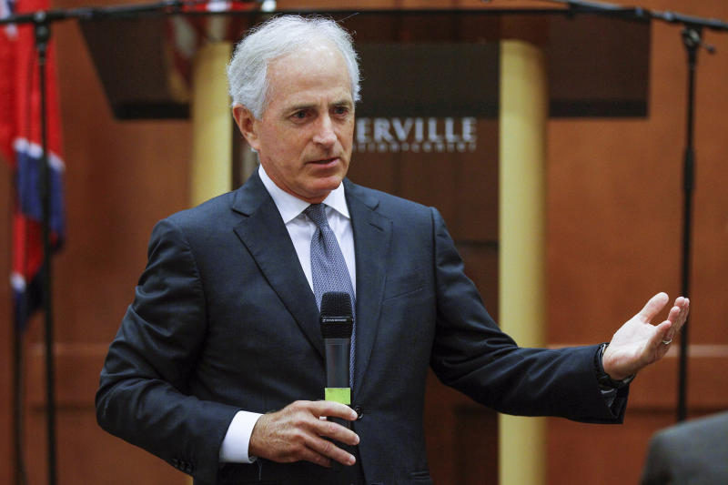 Trump Mocks Bob Corker's Height, Escalating Feud with a Key Republican