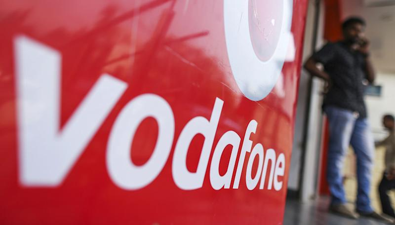 (Bloomberg) -- Vodafone Idea Ltd. has hired Bank of America Corp. and Morgan Stanley to help sell its fiber assets as India's largest mobile carrier by users seeks to bolster its finances, people familiar with the matter said.The bankers will initiate discussions with potential buyers for the fiber assets, which could be valued at as much as 130 billion rupees ($1.9 billion), the people said, asking not be identified as the talks are private.A final decision has yet to be made on the valuation and the stake to be sold, and the company could bring in more banks for the sale, the people said. Representatives for Vodafone Idea and Morgan Stanley declined to comment, while a Bank of America spokesman didn't immediately respond to requests for comments.A deal, if successful, would help the phone-service provider add to the funds it's been raising to pare debt and fend off rivals Bharti Airtel Ltd. and billionaire Mukesh Ambani's Reliance Jio Infocomm Ltd., an upstart that upended the market after its debut in 2016. In April, Vodafone Idea raised 250 billion rupees from a rights issue, building a war chest as India readies for a 5G network.Vodafone Idea, which was formed by the merger of Vodafone Group Plc's local unit with tycoon Kumar Mangalam Birla's Idea Cellular Ltd., has reported losses in every quarter since the deal was announced in 2017.Both Bharti Airtel and Vodafone Idea top the list of Asian peers with highest borrowings, according to data compiled by Bloomberg.Mumbai-based Vodafone Idea is in the process of transferring all of its fiber assets into a separate company before the sale. The unit has about 158,000 kilometers (98,177 miles) of fiber, according to a presentation posted on its website in February.Shares of Vodafone Idea fell 5.4% on Thursday, the biggest drop in almost two months. The stock declined 50% this year, while India's benchmark Sensex index rose 7.8%.(Updates to add shares performance in the final paragraph.)To contact the reporters on thi