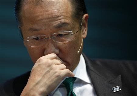 World Bank President Jim Yong Kim attends the opening ceremony of the headquarters of the Green Climate Fund in Incheon, west of Seoul December 4, 2013. REUTERS/Kim Hong-Ji
