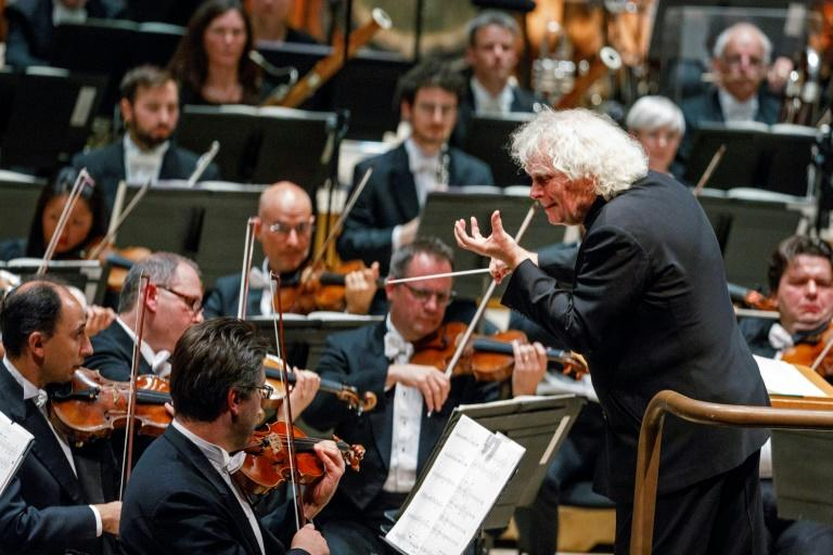 Brexit nightmare: Sir Simon Rattle conducts the London Symphony Orchestra