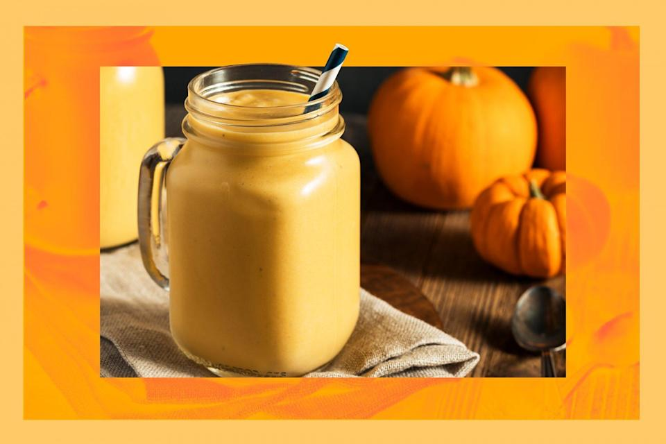 This-3-Ingredient-Pumpkin-Spice-Smoothie-Tastes-Like-An-Actual-Slice-of-Pie-GettyImages-613033452