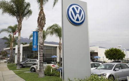 A Volkswagen dealership is pictured in Pasadena, California September 21, 2015.   REUTERS/Mario Anzuoni