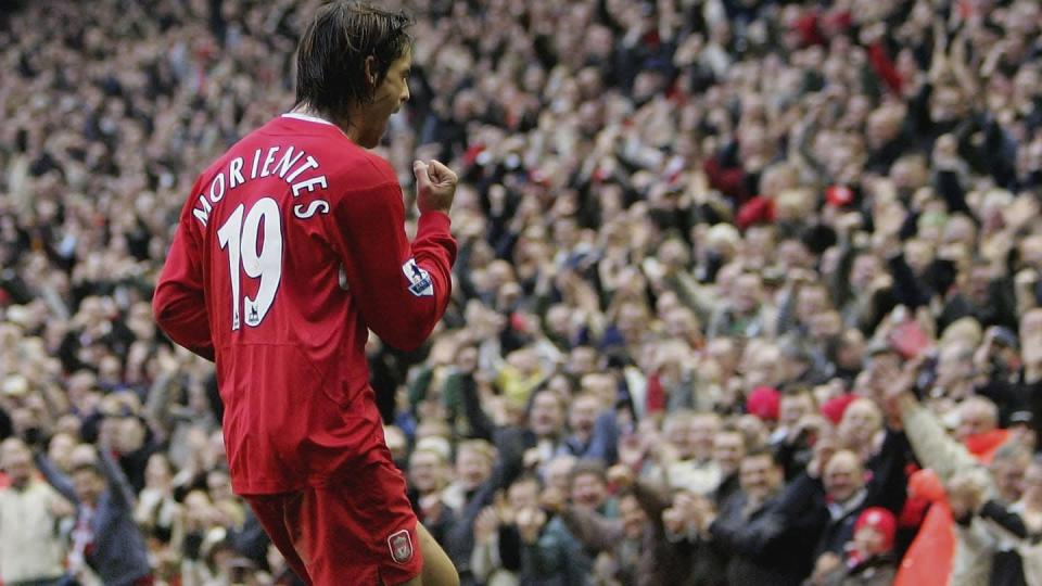 Fernando Morientes con il Liverpool | Ross Kinnaird/Getty Images
