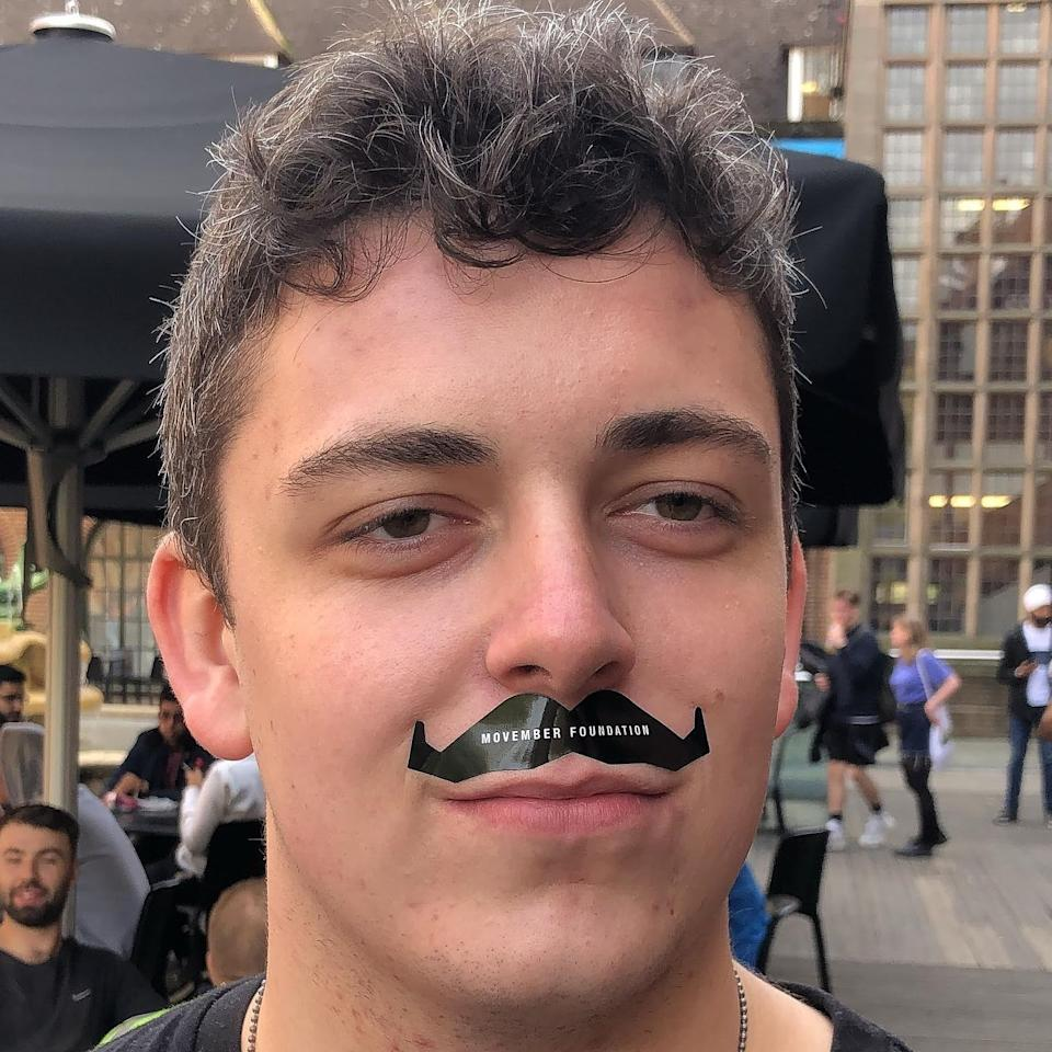 Lawrence works with the men's health charity Movember, which encourages those who are struggling to reach out for support. (Supplied: Henry Lawrence)
