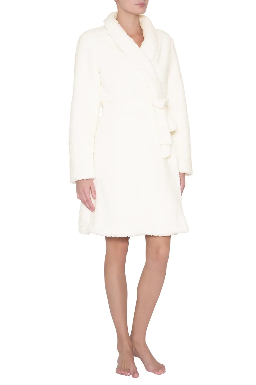 """<h3><h2>Eberjey Alpine Chic Sherpa Robe</h2></h3><br>This simple, cozy sherpa-style robe gets a sexier modern twist with its short length — and, as one pleased lounger put it, """"I love it! Perfect for quarantining in comfort and a little luxurious treat to make your day better.""""<br><br><strong>Eberjey</strong> Alpine Chic Sherpa Robe, $, available at <a href=""""https://go.skimresources.com/?id=30283X879131&url=https%3A%2F%2Fwww.neimanmarcus.com%2Fp%2Feberjey-alpine-chic-sherpa-robe-prod227210299"""" rel=""""nofollow noopener"""" target=""""_blank"""" data-ylk=""""slk:Neiman Marcus"""" class=""""link rapid-noclick-resp"""">Neiman Marcus</a>"""