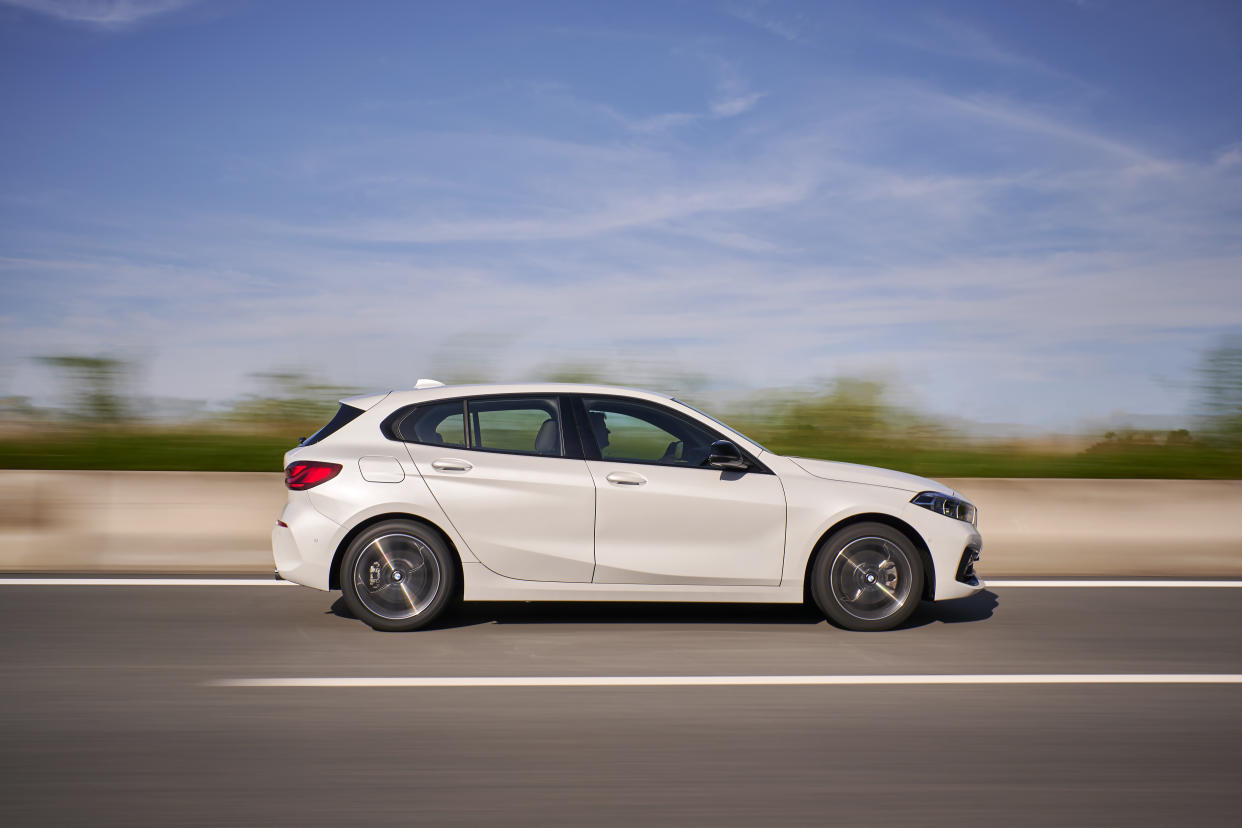 The silhouette is much higher up than the outgoing 1 Series