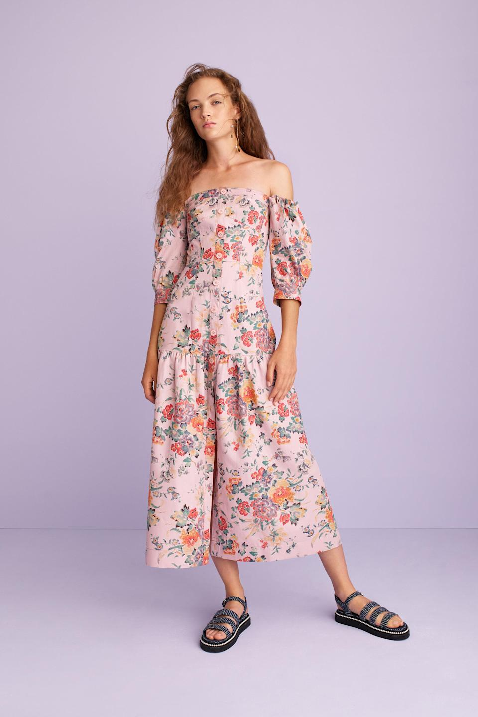 <p><i>Model wears an off-shoulder, floral print dress from the SS18 Rebecca Taylor collection. (Photo: ImaxTree) </i></p>