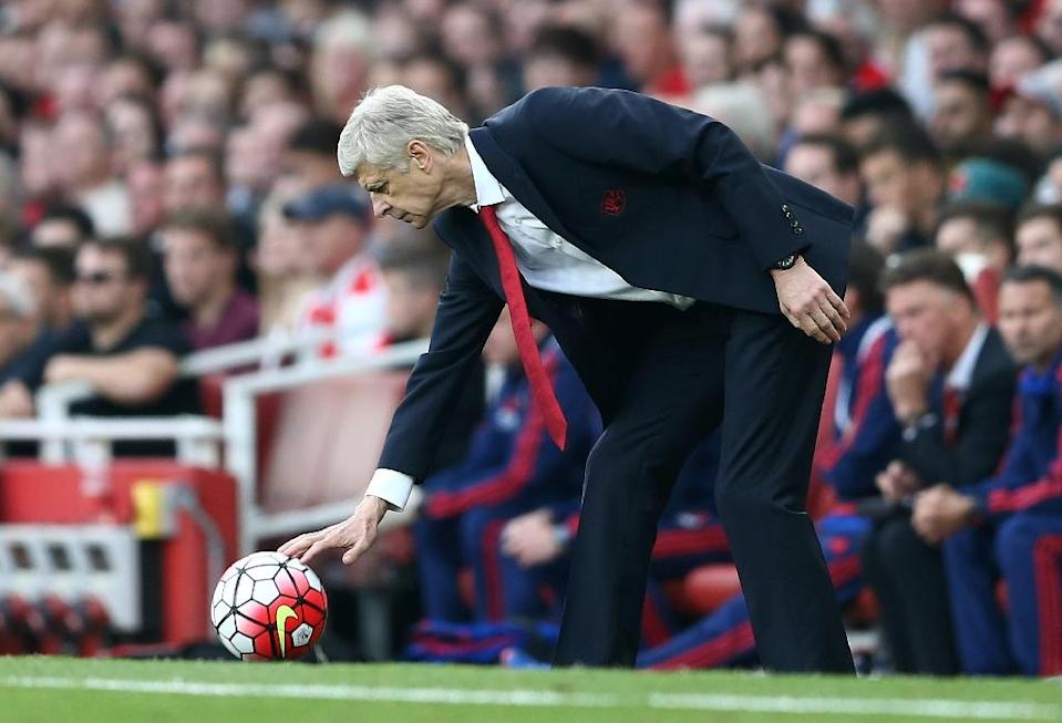 Team manager Arsene Wenger (pictured on October 4, 2015) believes Arsenal have a strong chance of winning the English Premier League this season (AFP Photo/Justin Tallis)