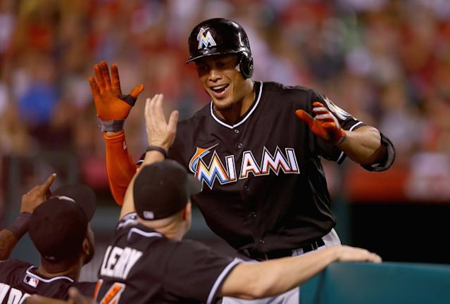 Marlins' playoff push not enough for Giancarlo Stanton to commit to future in Miami