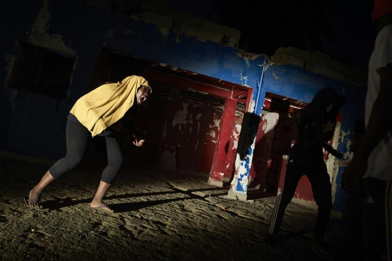Staging plays in Bamako means struggling with family resistence, social prejudice about acting and a lack of funding