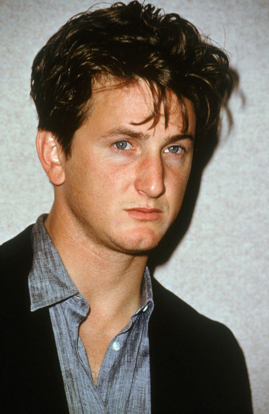 <p>Hollywood's bad boy, Sean Penn, wore his dark hair long in the front and short in the back during his heyday. </p>