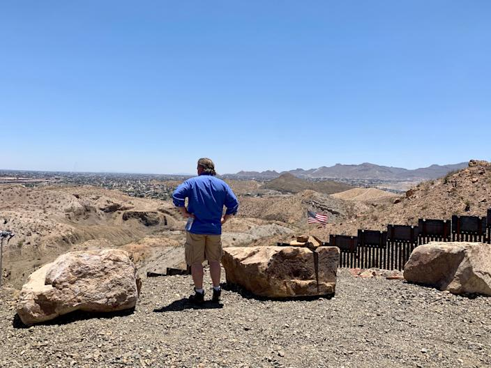 Steve Bannon viewing the border wall built by private funding in Sunland Park, N.M., June 24, 2019. (Photo: Caitlin Dickson/Yahoo News)