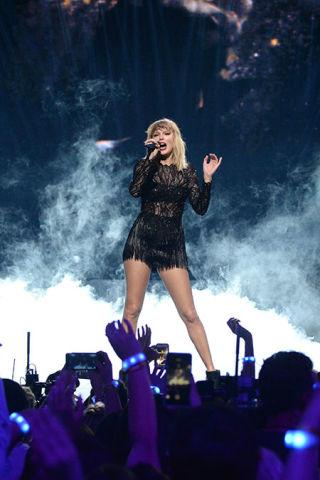"<p>Prices vary</p><p><a rel=""nofollow"" href=""http://www.ticketmaster.com/taylorswift"">BUY NOW</a></p><p>Snag a pair of these tickets for your Swift-obsessed niece and simultaneously prepare your aunt-of-the-year speech. </p>"