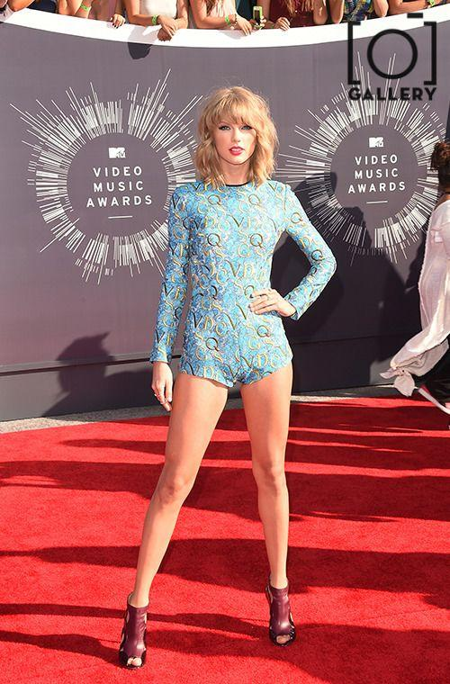 GALLERY: 12 Times Taylor Swift Was The Best Dressed Person On The Planet