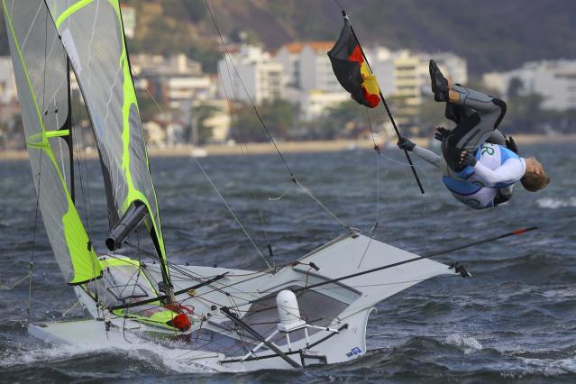 2016 Rio Olympics - Sailing - Final - Men's Skiff - 49er - Medal Race - Marina de Gloria - Rio de Janeiro, Brazil - 18/08/2016. Erik Heil (GER) of Germany and Thomas Ploessel (GER) of Germany celebrate bronze medal. REUTERS/Brian Snyder FOR EDITORIAL USE ONLY. NOT FOR SALE FOR MARKETING OR ADVERTISING CAMPAIGNS.