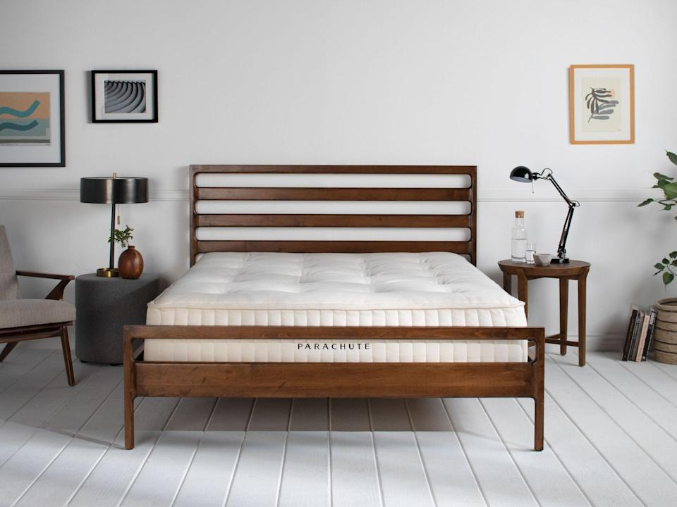 "<h3><a href=""https://www.parachutehome.com/products/mattress?opt-size=queen"" rel=""nofollow noopener"" target=""_blank"" data-ylk=""slk:Parachute Home"" class=""link rapid-noclick-resp"">Parachute Home</a></h3><br><strong>Sale</strong>: 20% off everything<br><br><strong>Dates</strong>: November 29 – December 2<br><br><strong>Promo Code: </strong>None<br><br><strong>Parachute Home</strong> The Mattress, $, available at <a href=""https://www.parachutehome.com/products/mattress"" rel=""nofollow noopener"" target=""_blank"" data-ylk=""slk:Parachute"" class=""link rapid-noclick-resp"">Parachute</a>"